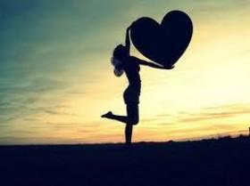 أطعمة تمنح قلبك السعادة …